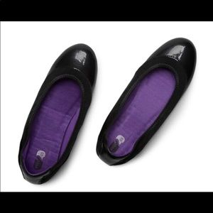 New Balance Well2Go Flats 8.5 black/ purple stitch